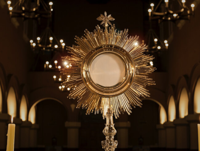 Adoration eucharistique mondiale