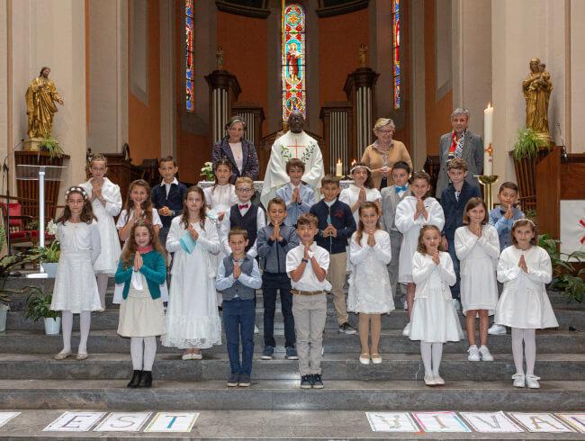 La première des communions dans notre paroisse