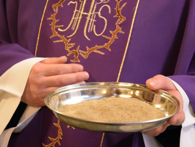 Mercredi 17 février, Mercredi des cendres : entrée en carême